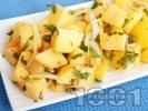 Рецепта Бърза и лесна картофена салата с масло, лук и магданоз